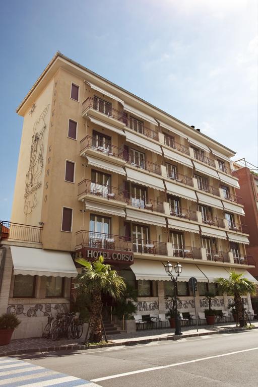 Hotel Corso, Alassio, Italiaanse Rivièra, bloemenrivièra, Italië www.alassio.nl