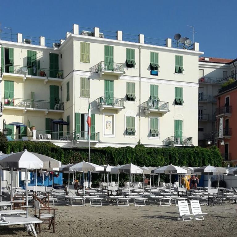 Strandhotel Alassio, Italiaanse Rivièra www.alassio.nl