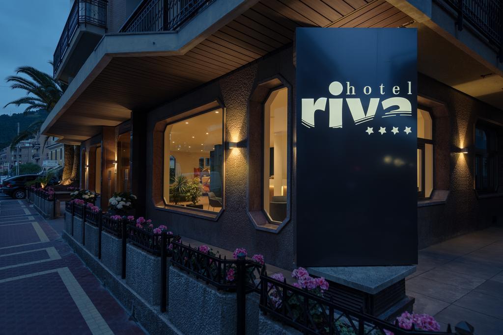 Hotel Riva, Alassio, Ligurië, bloemenrivièra, Italië www.alassio.nl